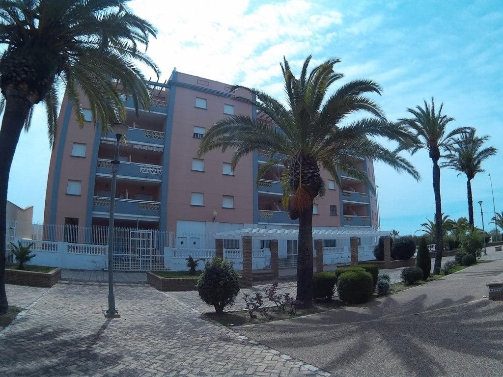 Ref 253. Apartamento entre Playa y Puerto deportivo